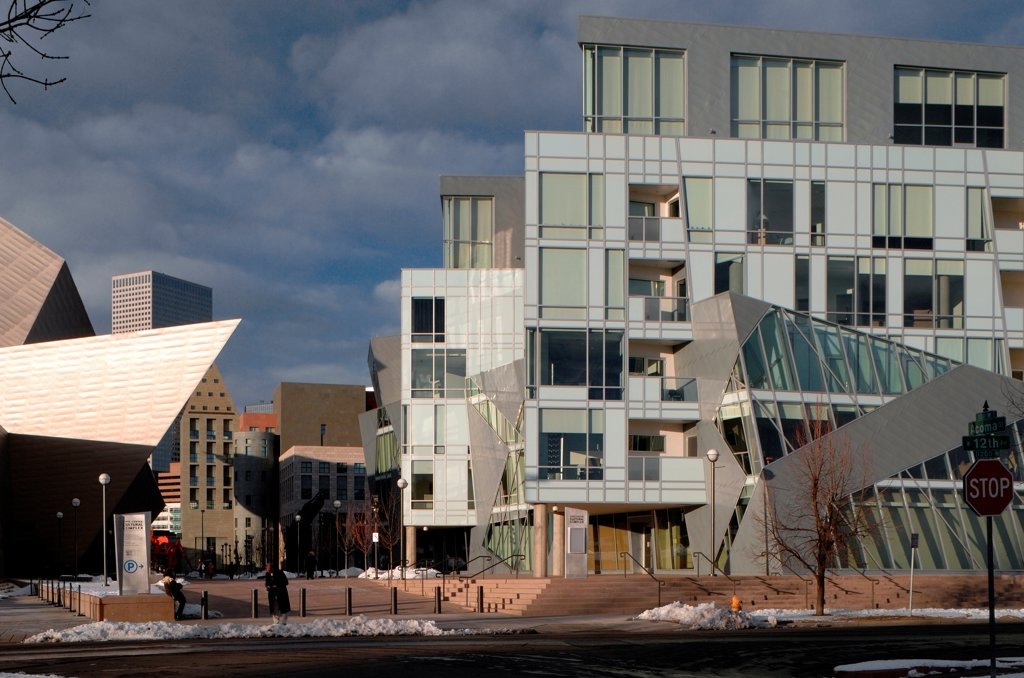 Stock Photo: 1801-75102 Denver Art Museum Residences, Denver, United States. Architect: Daniel Libeskind and Davis Partnership Architects, 2006. Side view.