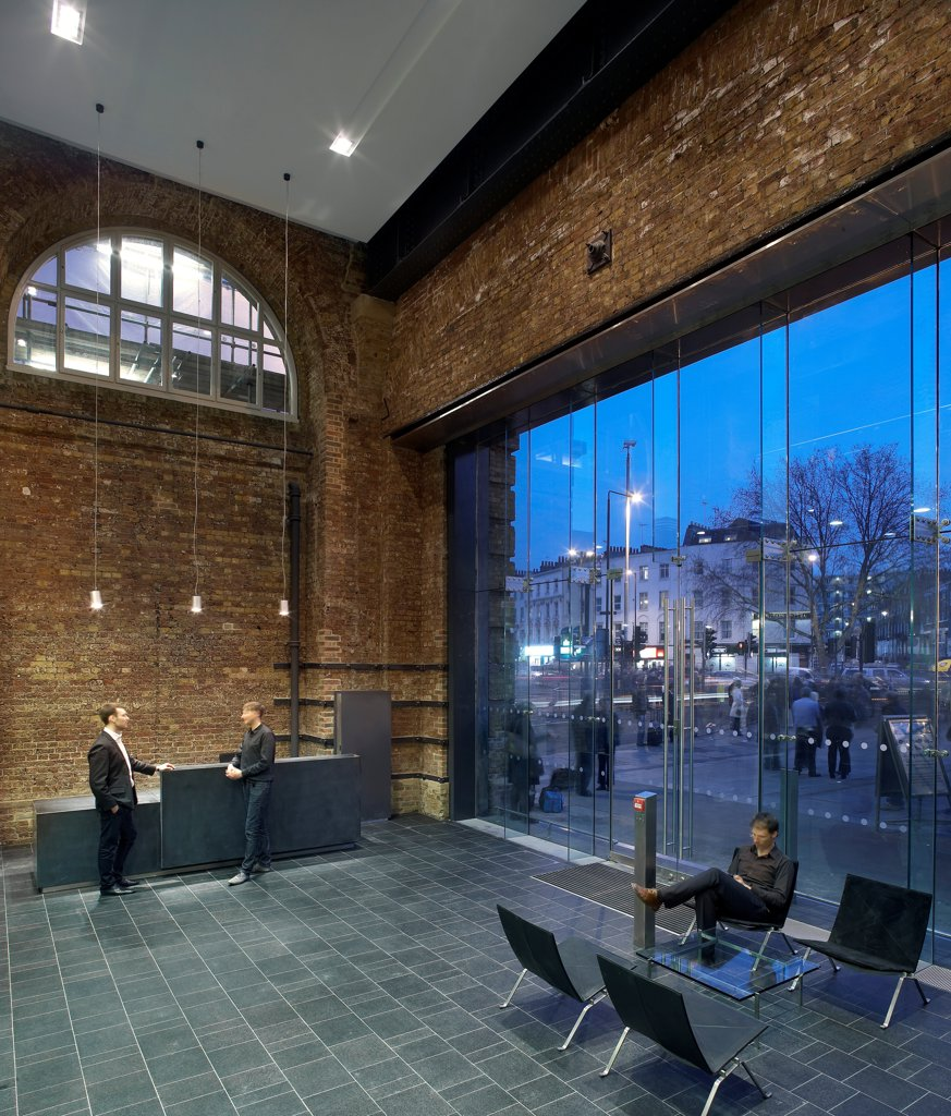 Stock Photo: 1801-75551 King's Cross Station, Railway Station, Europe, United Kingdom, , 2012, John McAslan & Partners. Seating area.