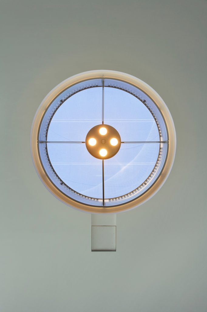 Stock Photo: 1801-75799 Central Saint Martins, London, United Kingdom. Architect: Stanton Williams, 2011. Detail of round window in ceiling.