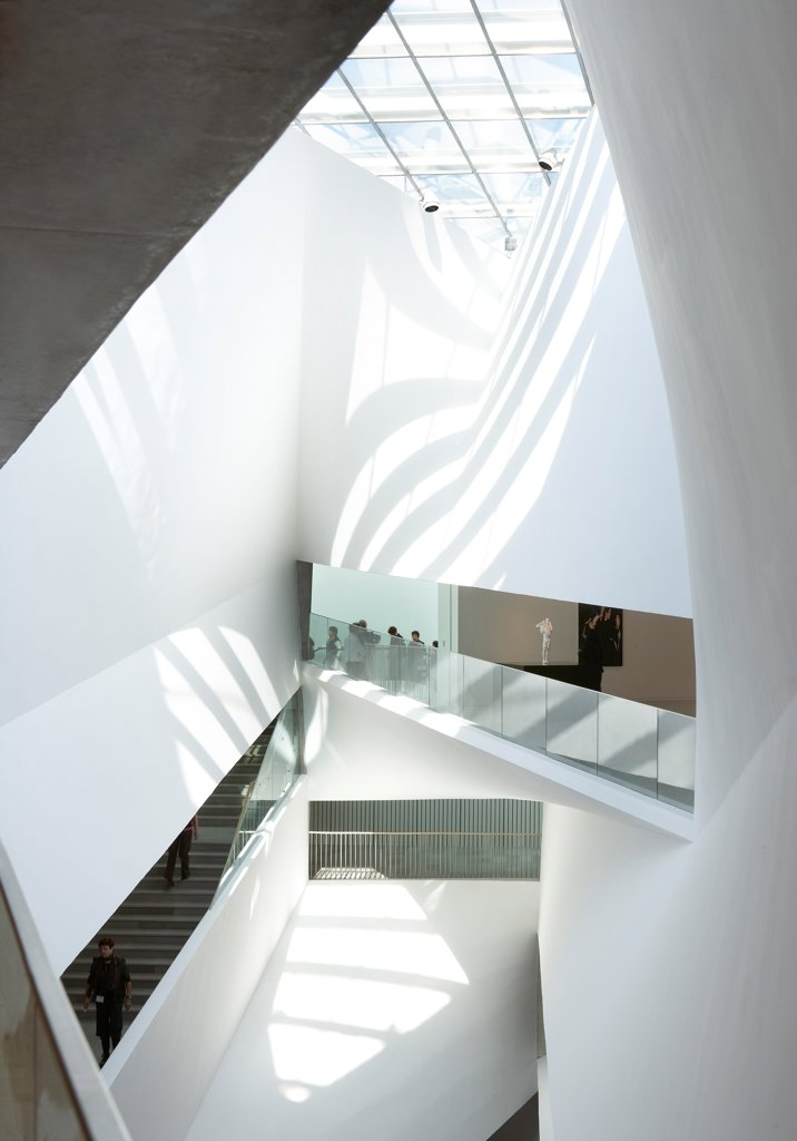 Tel Aviv Museum of Art, Tel Aviv, Israel. Architect: Preston Scott Cohen, 2011. Lightfall atrium with skylight and pivoting spaces around it. : Stock Photo