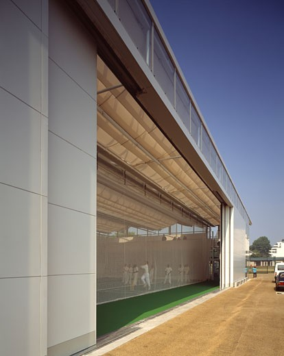 MARYLEBONE CRICKET CLUB, LORDS CRICKET GROUND, LONDON, NW8 ST JOHN'S WOOD, UNITED KINGDOM, EXTERIOR WITH SCREEN DOOR OPEN, DAVID MORLEY ARCHITECTS : Stock Photo