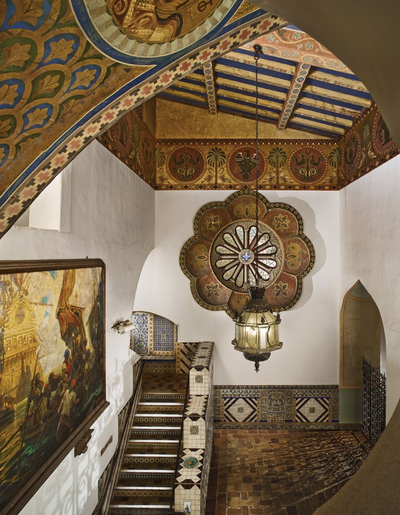 Ornately decorated interior of Santa Barbara Courthouse : Stock Photo