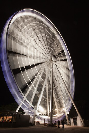 Low angle view of a ferris wheel, Brisbane, Queensland, Australia : Stock Photo