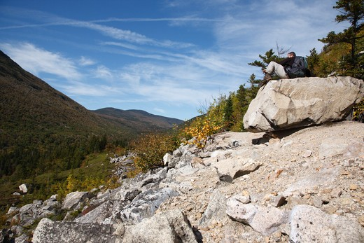 Zealand Notch  - A hiker enjoys the views along the Appalachian Trail ( -Ethan Pond Trail -  ). Located in the White Mountains, New Hampshire USA : Stock Photo