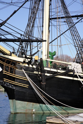 The Friendship of Salem Tall Ship, which is a replica of a 1797 East Indiaman ship. Located at Salem Maritime National Historic Site, which was the first National Historic Site in the National Park System. Located in Salem, Massachusetts USA : Stock Photo