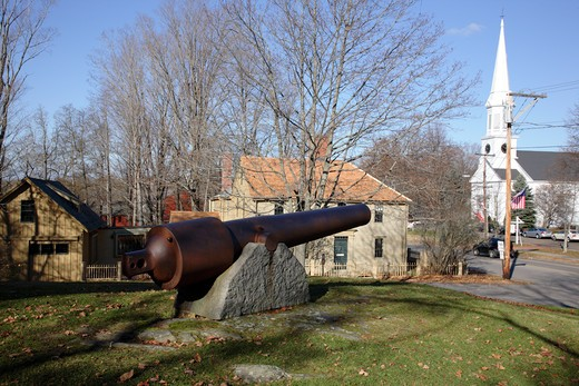 Stock Photo: 1809-14911 Emerson-Wilcox House behind cannon during the autumn months....located in York, Maine USA which is part of scenic New England