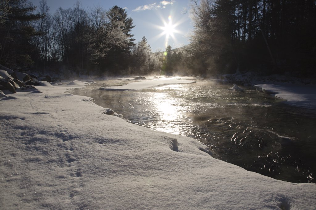 Ammonoosuc River in Carroll, New Hampshire USA during the winter months : Stock Photo
