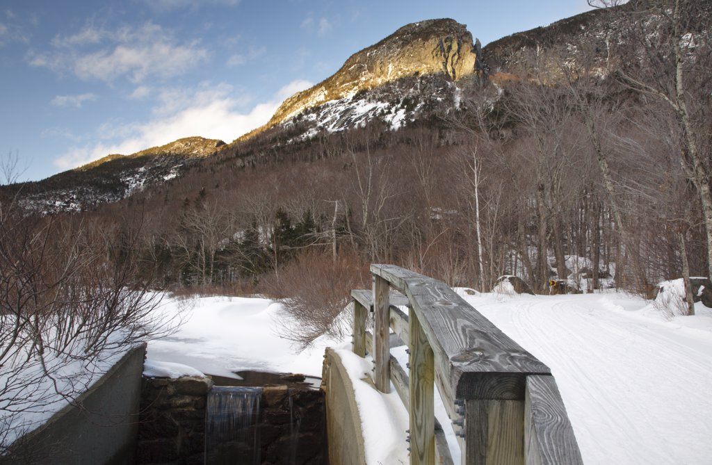 Franconia Notch State Park - Scenic view along the Faranconia Bike Path during the winter months in the White Mountains, New Hampshire USA : Stock Photo