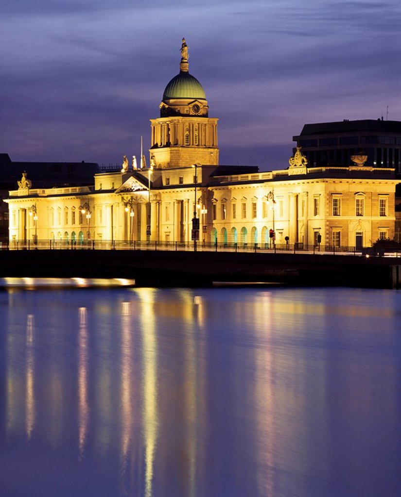 Dublin,Co Dublin,Ireland,Custom House on Liffey river illuminated at dusk : Stock Photo