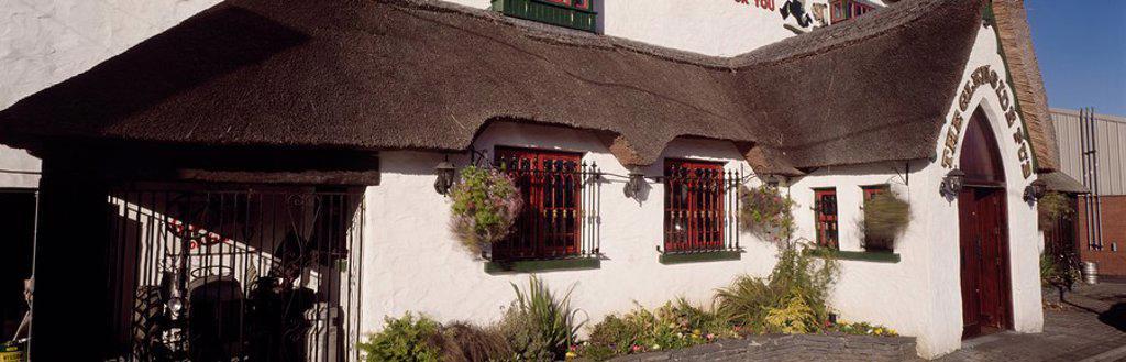 Stock Photo: 1812-10358 Dublin Pubs, The Glenside Pub, Landscape Rd Churchtown,