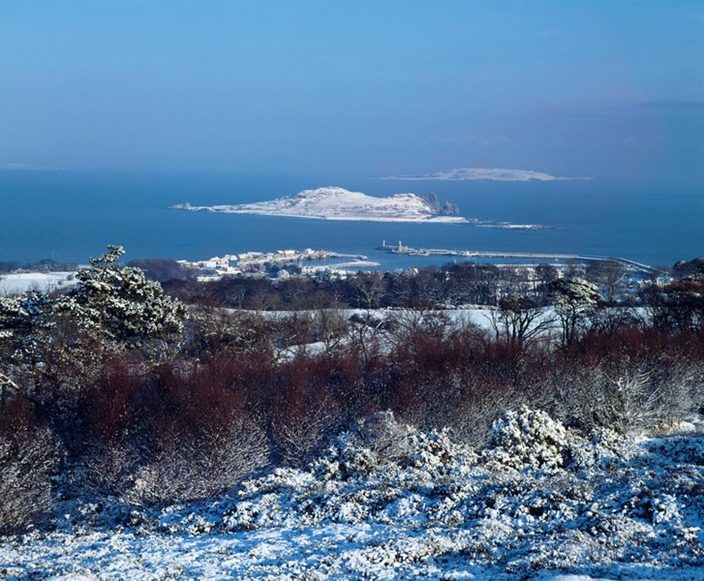Stock Photo: 1812-10384 Ireland´s Eye, Howth Snow Scene, Co Cublin, Ireland
