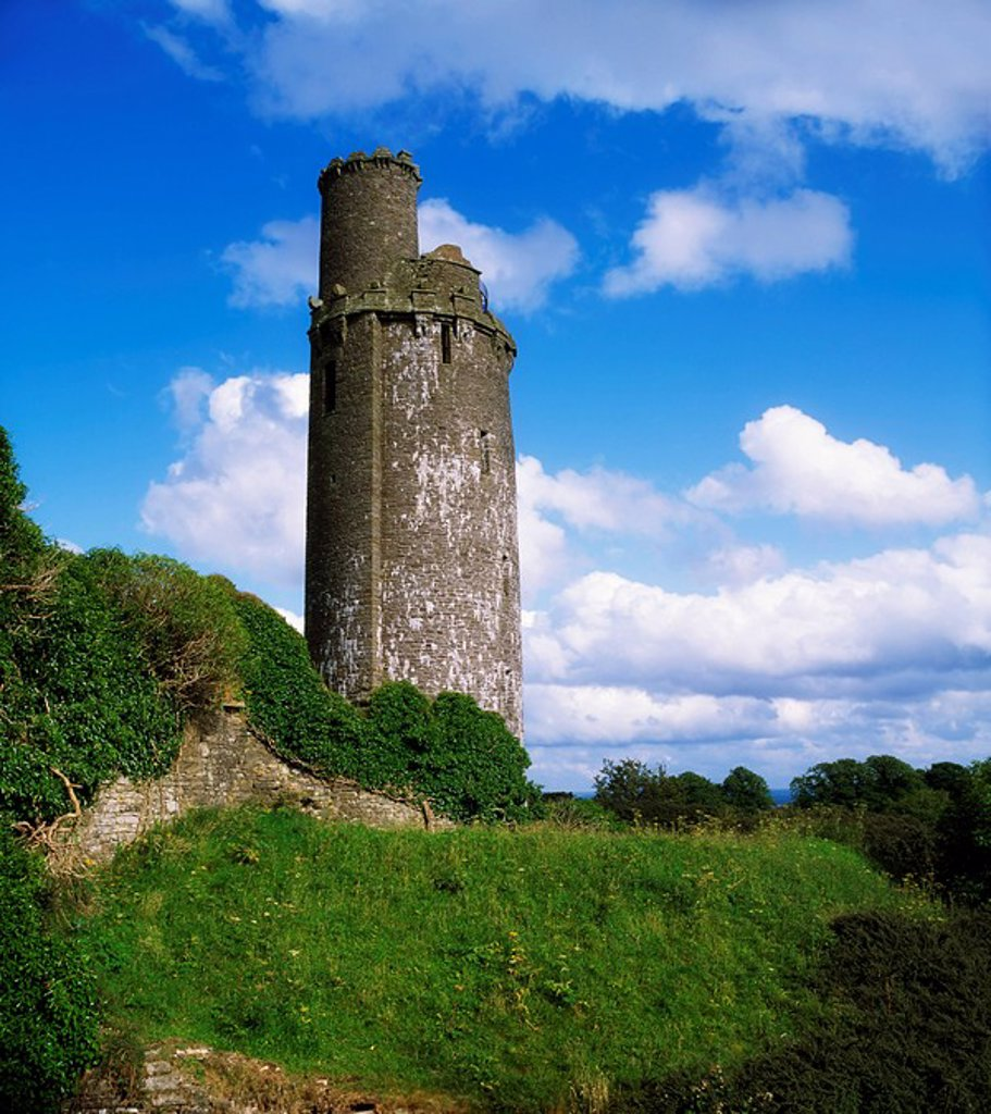 Round Towers, Tower At Ballyfin, Co Laois : Stock Photo