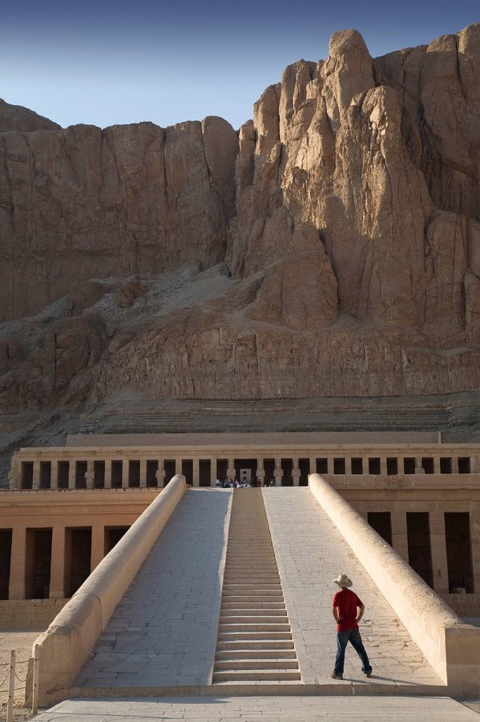 Man Looking At The Temple Of Hatshepsut : Stock Photo