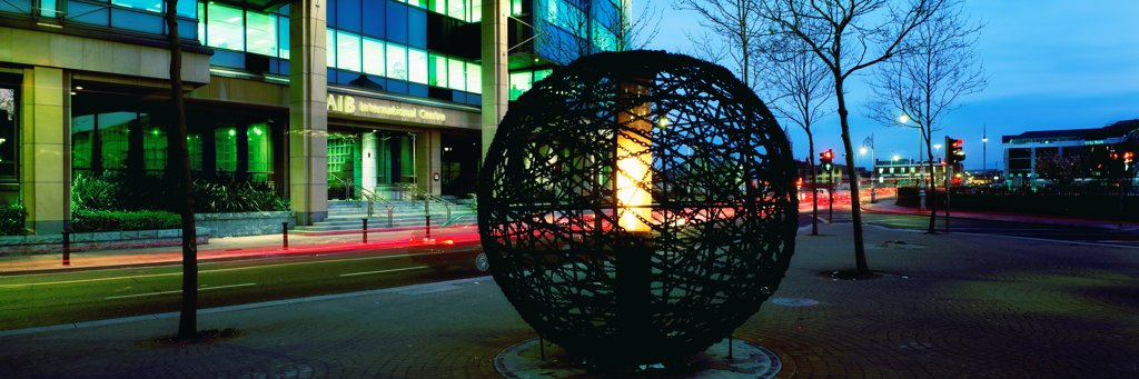 Stock Photo: 1812-16486 Dublin City, Co Dublin, Ireland, International Financial Services Centre (Ifsc), Peace Sculpture