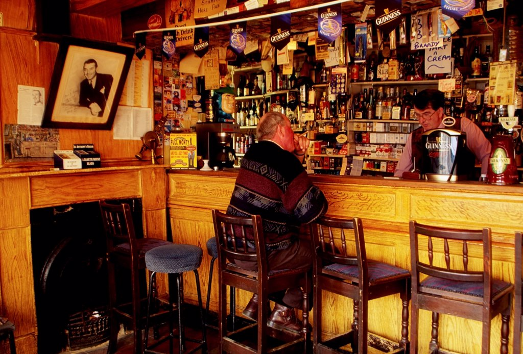 Stock Photo: 1812-16816 Shannonbridge, County Offaly, Ireland; Pub Interior