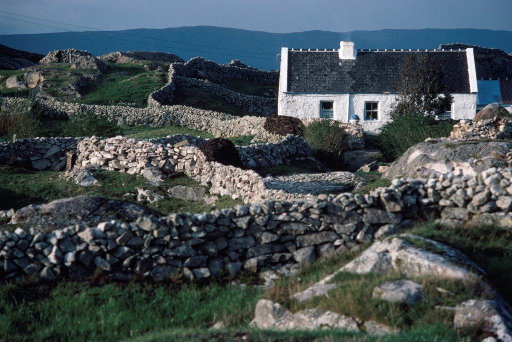 Stock Photo: 1812-18555 Traditional Cottage, Co Galway, Ireland