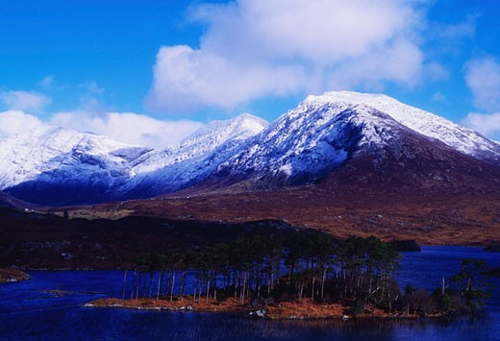 Stock Photo: 1812-3484 Irish Winter Scenes, CO Galway - 12 Pins, Derryclare Lough