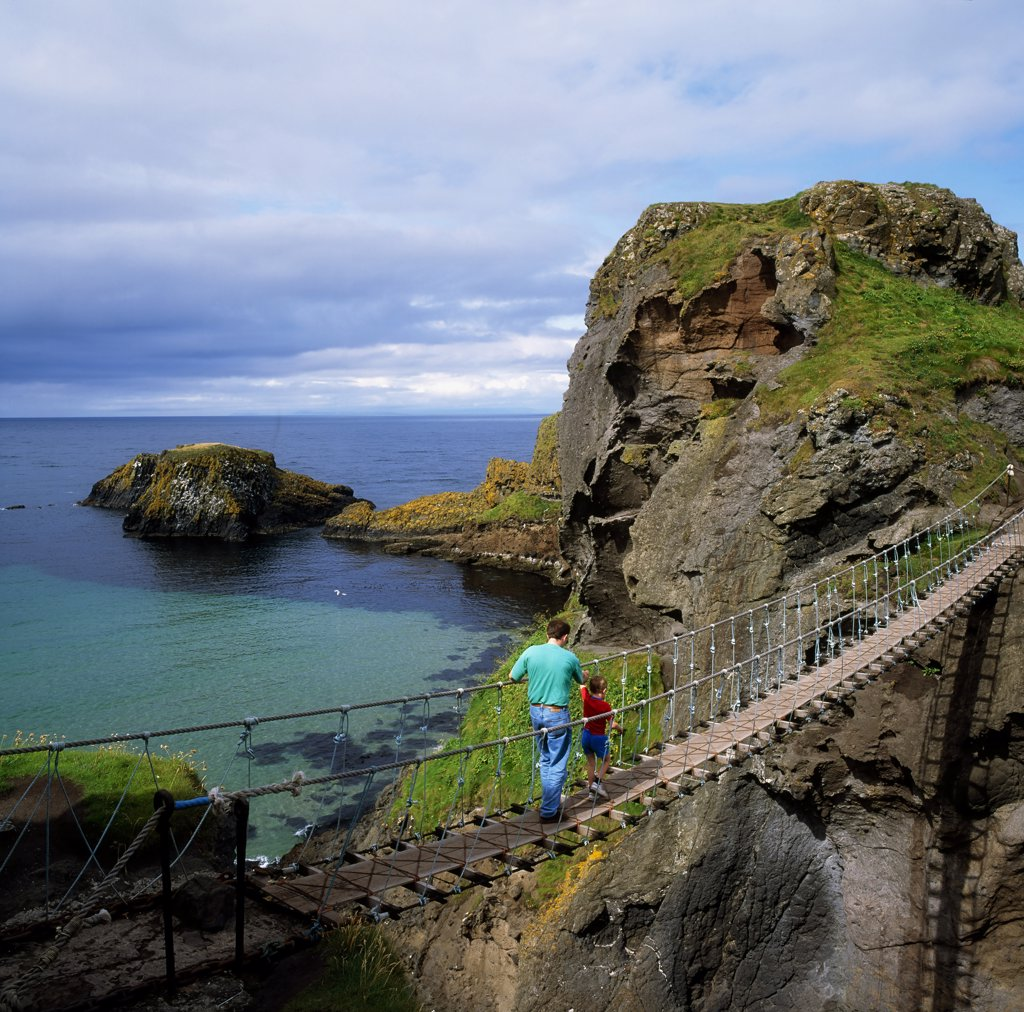 Stock Photo: 1812-5302 Carrick-a-Rede Rope Bridge, Co Antrim, Ireland
