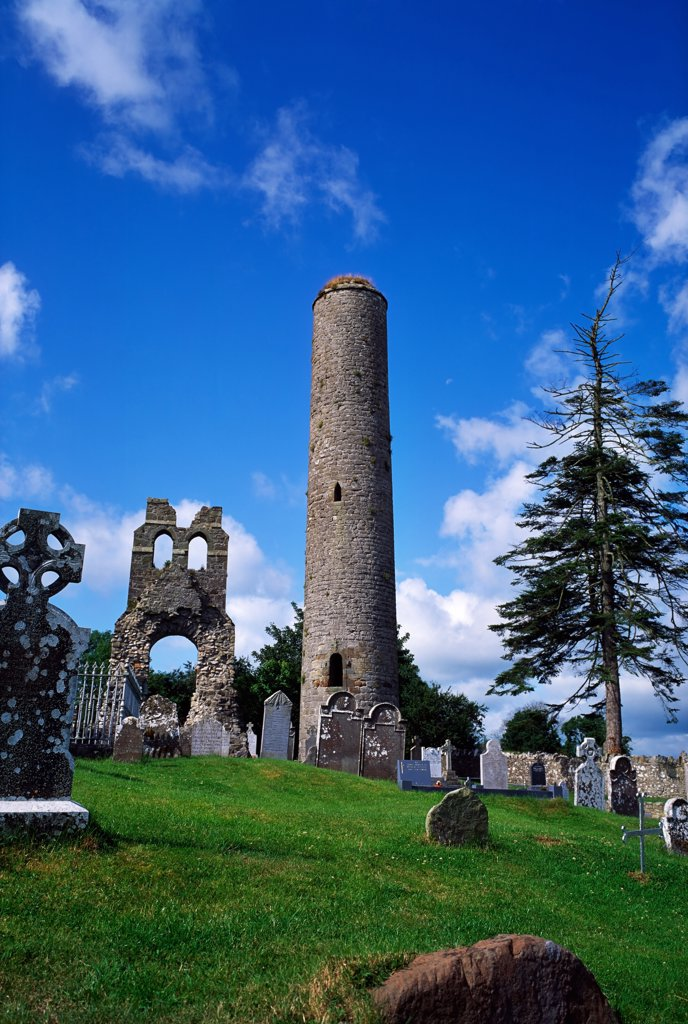 Donaghmore Round Tower, Donaghmore Church and Round Tower, Co Meath, Ireland : Stock Photo
