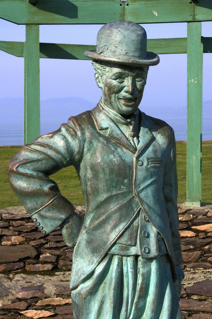 Stock Photo: 1812-6238 Waterville, County Kerry, Ireland; Charlie Chaplin statue
