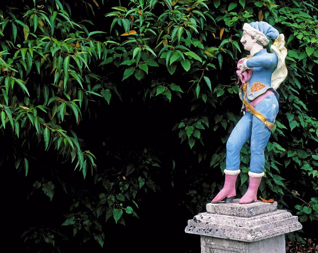 Mount Congreve, Co Waterford, Ireland, hand painted sculpture, walled garden : Stock Photo