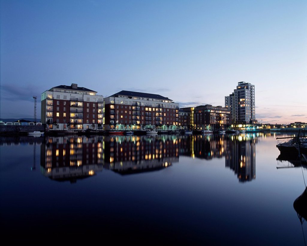 Stock Photo: 1812-7755 Dublin, Co Dublin, Ireland, New Apartments on Charlotte Quay
