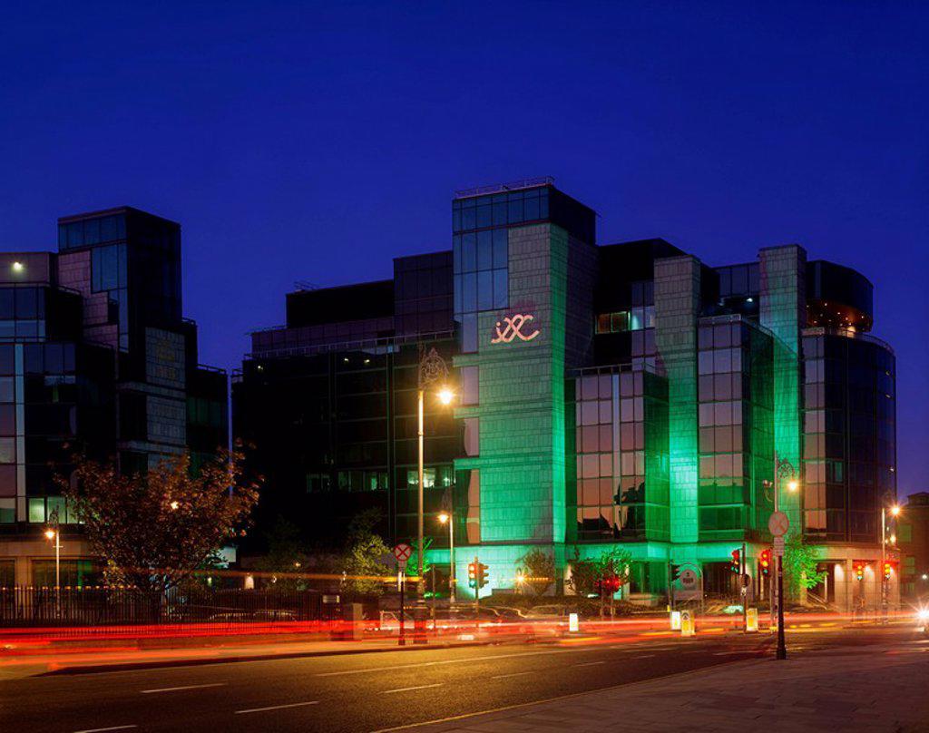 IFSC Centre, Dublin, Co Dublin, Ireland, International Finance Centre illuminated at night : Stock Photo