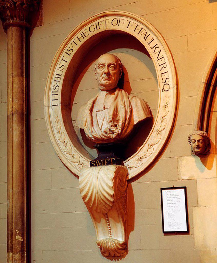 Stock Photo: 1812-8732 Bust of Jonathon Swift, St. Patrick´s Cathedral, Dublin, Ireland