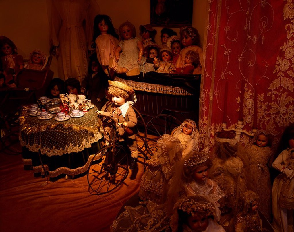 Stock Photo: 1812-9409 Museum of Childhood, Dublin, Co Dublin, Ireland, Exhibit of dolls