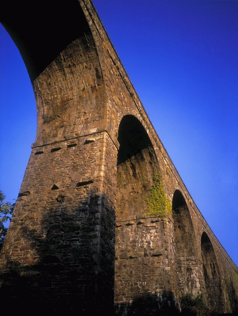 Stock Photo: 1812R-12894 Disused Rail Viaduct in Kilmacthomas, Ireland