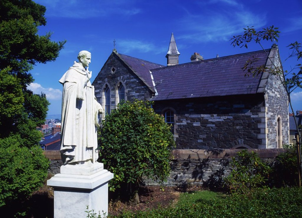 Stock Photo: 1812R-13298 Statue of St  Columb, Waterside, Derry City, Ireland