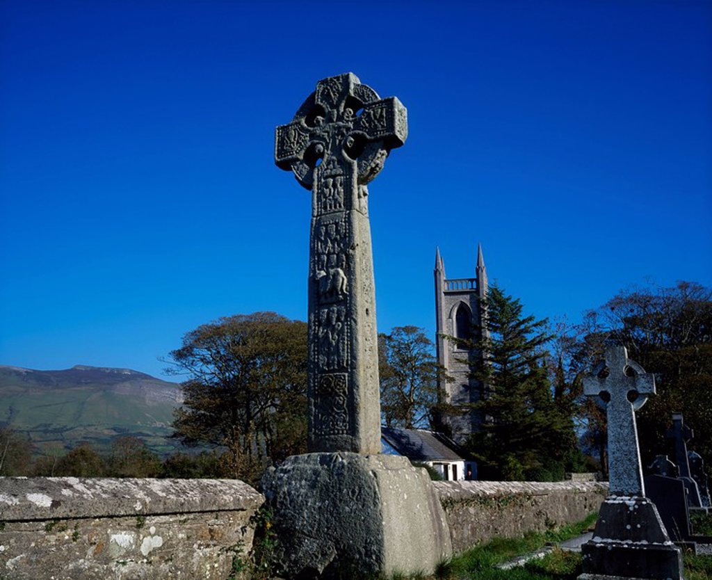 High Cross and Drumcliffe Church, Co Sligo, Ireland : Stock Photo