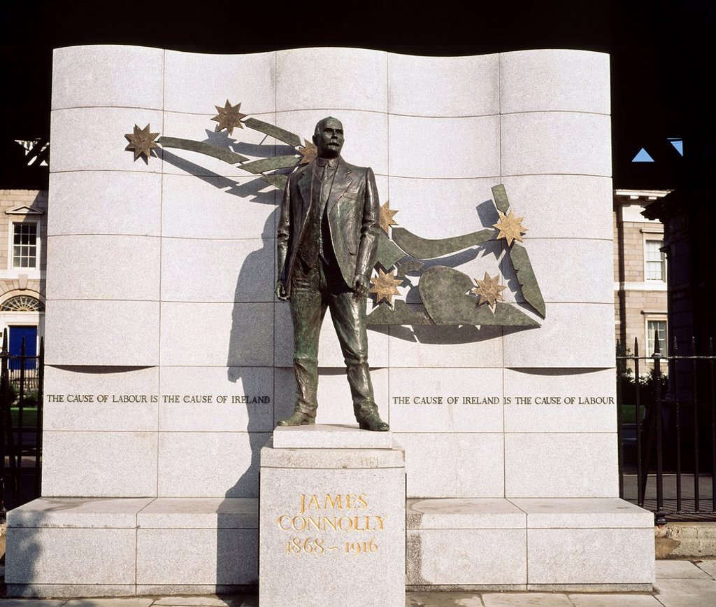 Stock Photo: 1812R-15042 Dublin City, Dublin Sculpture, James Connolly,