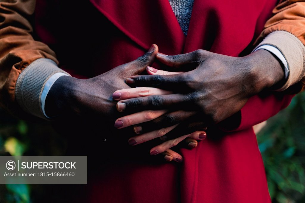 Stock Photo: 1815-15866460 Close-up of couple holding hands
