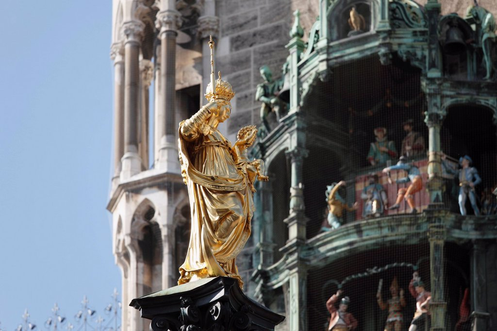 Stock Photo: 1815-108352 Germany, Bavaria, Munich, View of statue on Marian column by Hubert Gerhard