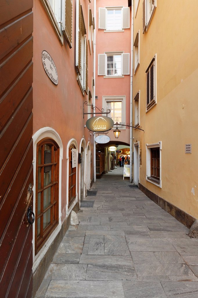 Stock Photo: 1815-109935 Austria, Styria, Graz, View of Altstadtpassage street