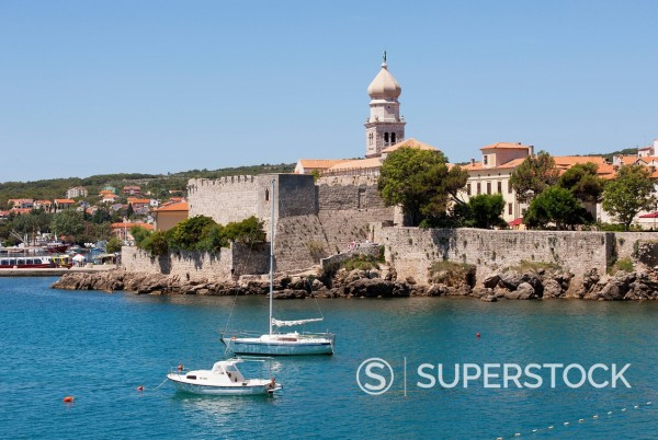 Croatia, View of Krk with Frankopan castle in background : Stock Photo