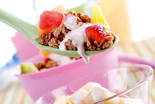 Stock Photo: 1815-38137 Cereals with fruit and milk