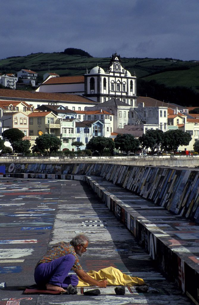 Stock Photo: 1815-38155 Painted quay wall in Horta, Azores