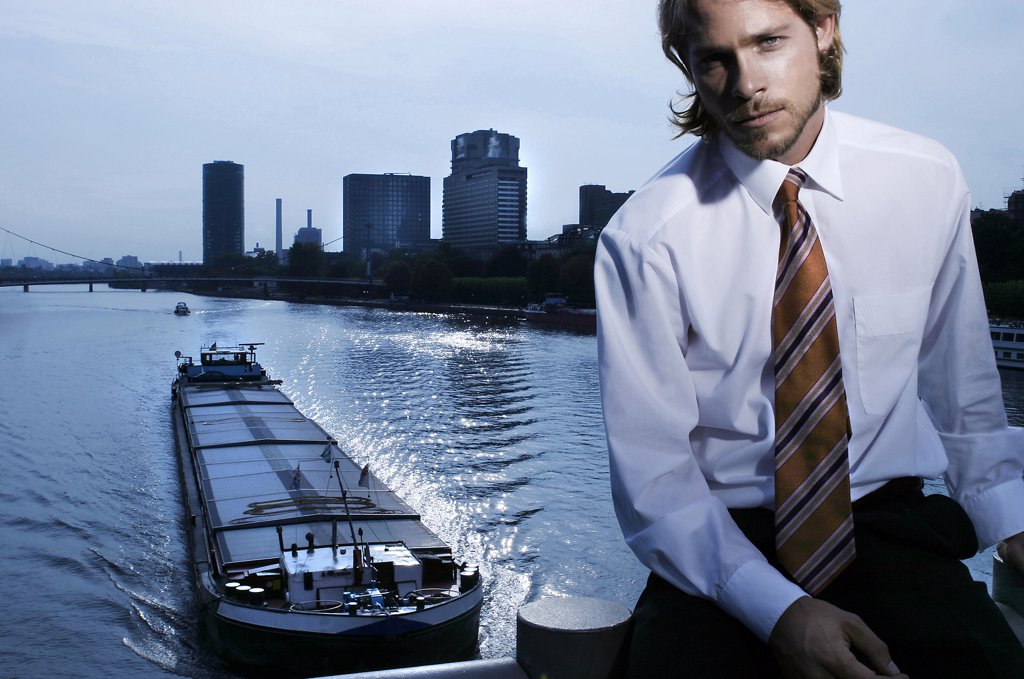 Germany, Frankfurt M., young business man against skyline : Stock Photo