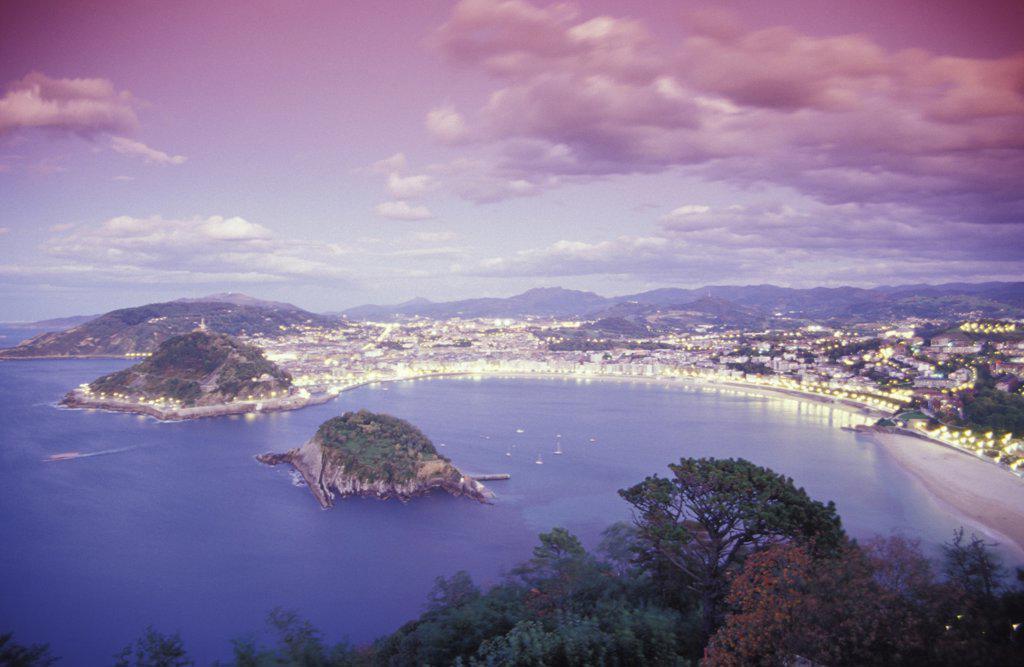 View from Monte Igueldo to La Concha and Isla Santa Clara, bay of San Sebastian (Donostia), Basque region, Spain : Stock Photo