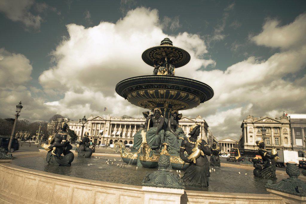 France, Paris, fountain on Place de la Concorde : Stock Photo
