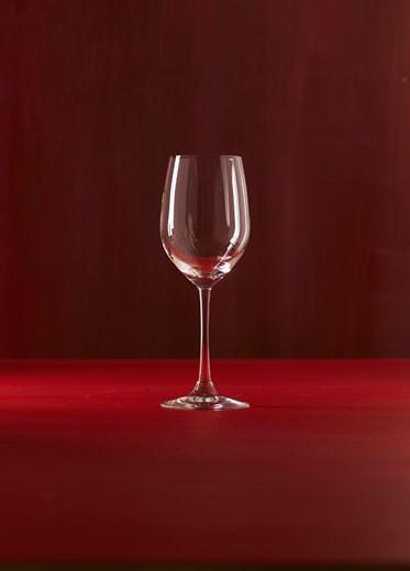 Stock Photo: 1815-47407 Single wine glass, close up