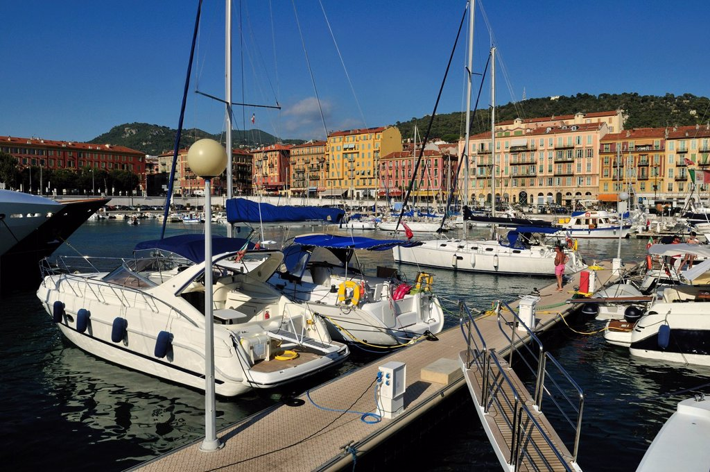 Europe, France, Provence, Alpes Maritimes, Cote d´Azur, Nice, View of harbour with moored yatches : Stock Photo