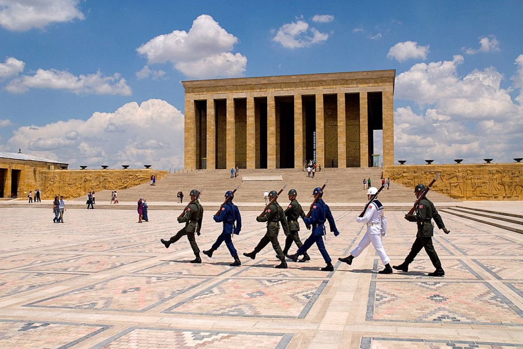 Turkey, Cappadocia, Ankara, Anitkabir, Changing of the guards at mausoleum of kemal ataturk : Stock Photo