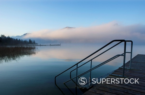 Stock Photo: 1815R-100697 Austria, View of foggy Mondsee Lake during autumn