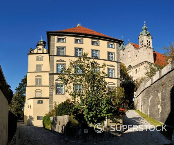 Stock Photo: 1815R-104236 Germany, Landsberg am Lech, View of Neues Stadtmuseum and Heilig Kreuz Kirche