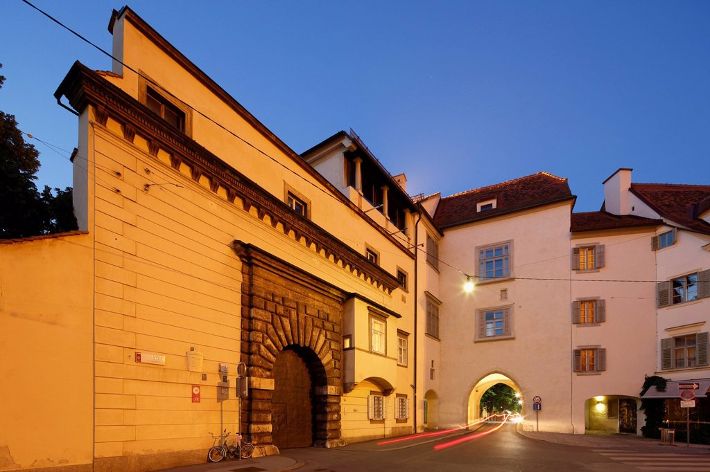 Stock Photo: 1815R-107198 Austria, Styria, Graz, View of Grazer Burg castle at Burgtor gate
