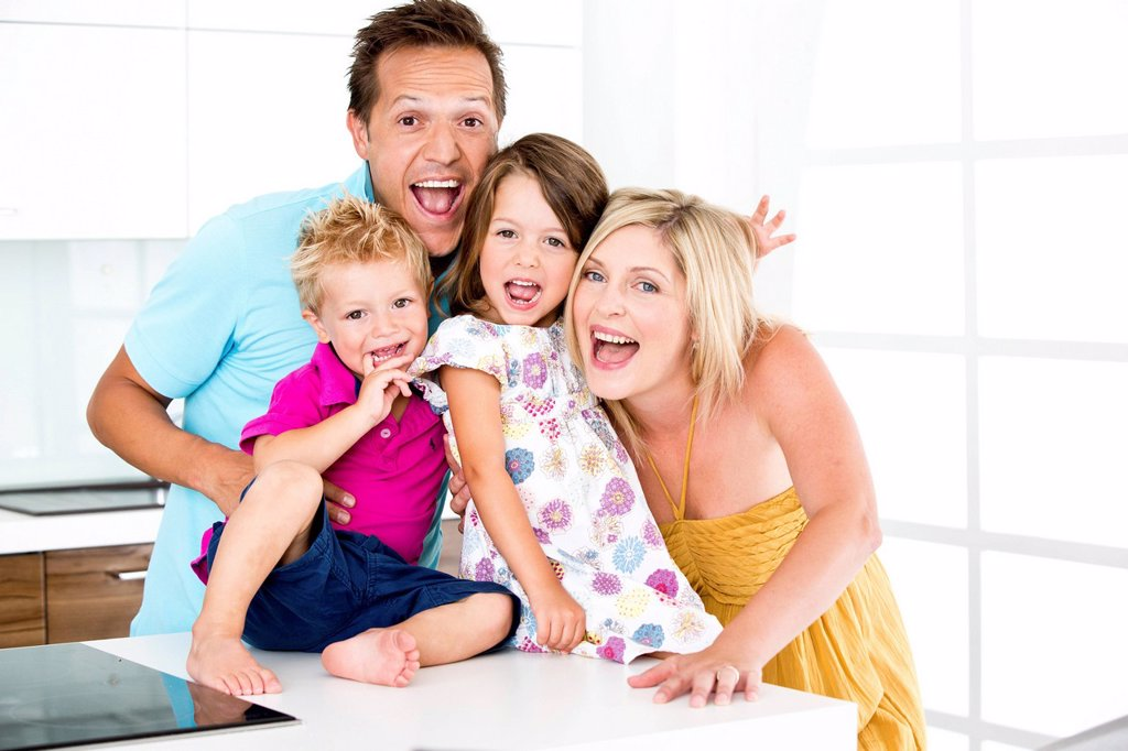 Stock Photo: 1815R-110947 Germany, Playful family, smiling, portrait