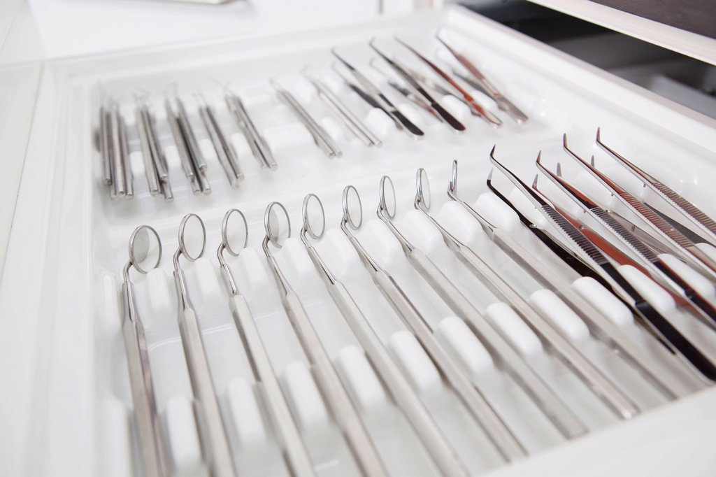 Stock Photo: 1815R-112084 Germany, Dental equipment in dental office